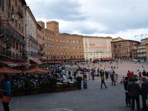 La Piazza Del Campo