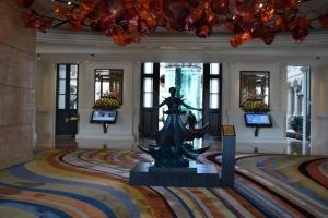 Dans le hall du casino MGM